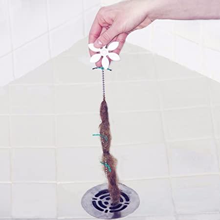 5 façons de nettoyer les cheveux de votre canalisation de douche