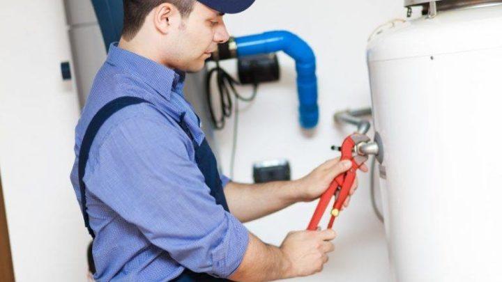 Canalisation bouchée : dans quel cas contacter un plombier professionnel ?